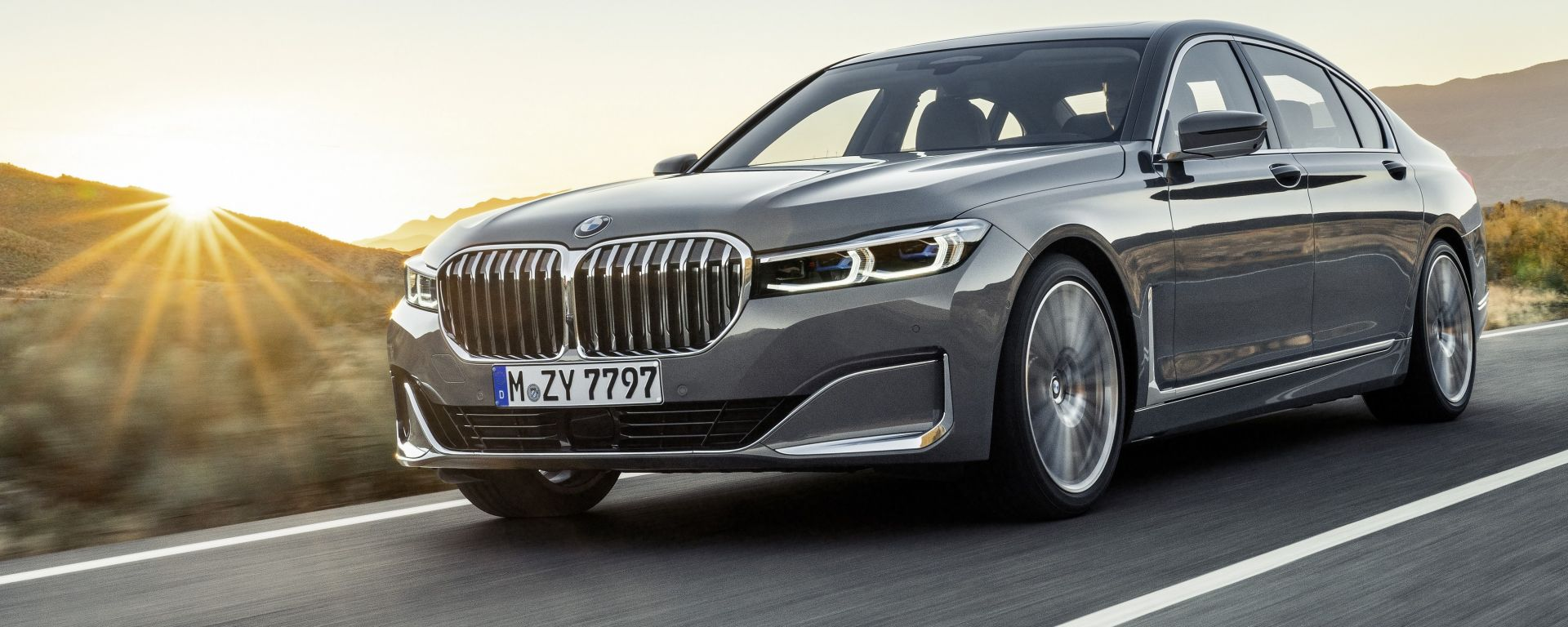 BMW Serie 7 restyling: foto e info ufficiali