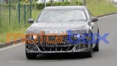 BMW Serie 7 2022: visuale frontale