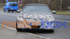 BMW Serie 8 2021: visuale frontale