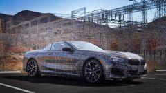BMW Serie 8: la cabrio (quasi) senza veli. Debutto nel 2019 - Immagine: 17