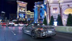 BMW Serie 8: la cabrio (quasi) senza veli. Debutto nel 2019 - Immagine: 21
