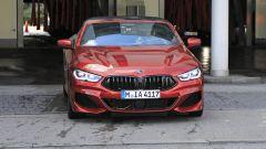 BMW Serie 8: la cabrio (quasi) senza veli. Debutto nel 2019 - Immagine: 2