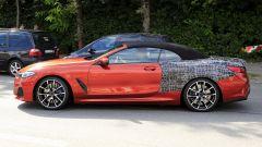BMW Serie 8: la cabrio (quasi) senza veli. Debutto nel 2019 - Immagine: 6
