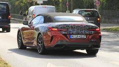 BMW Serie 8: la cabrio (quasi) senza veli. Debutto nel 2019 - Immagine: 8
