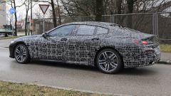 BMW Serie 8 Gran Coupe 2019: comincia lo strip - Immagine: 9