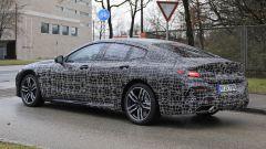 BMW Serie 8 Gran Coupe 2019: comincia lo strip - Immagine: 10