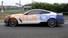 BMW Serie 8: il prototipo visto di lato