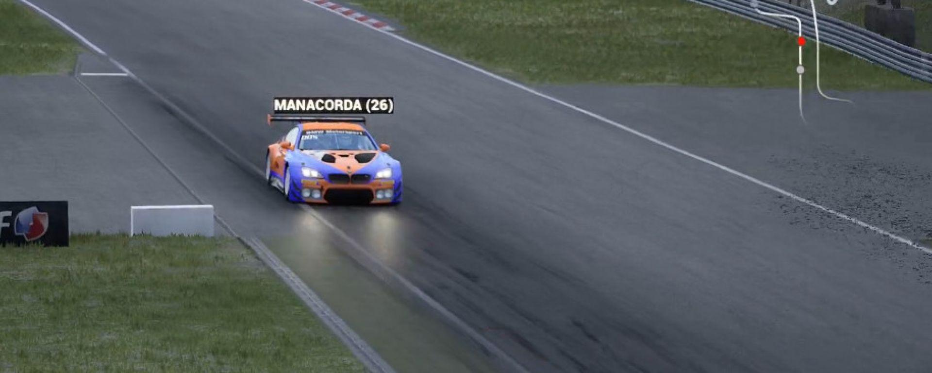 Bmw Sim Media Challenge 2020, Luca Manacorda al volante della BMW M6 di MotorBox