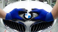 BMW: dopo l'ammissione di colpa di Daimler, la Casa di Monaco fa marcia indietro