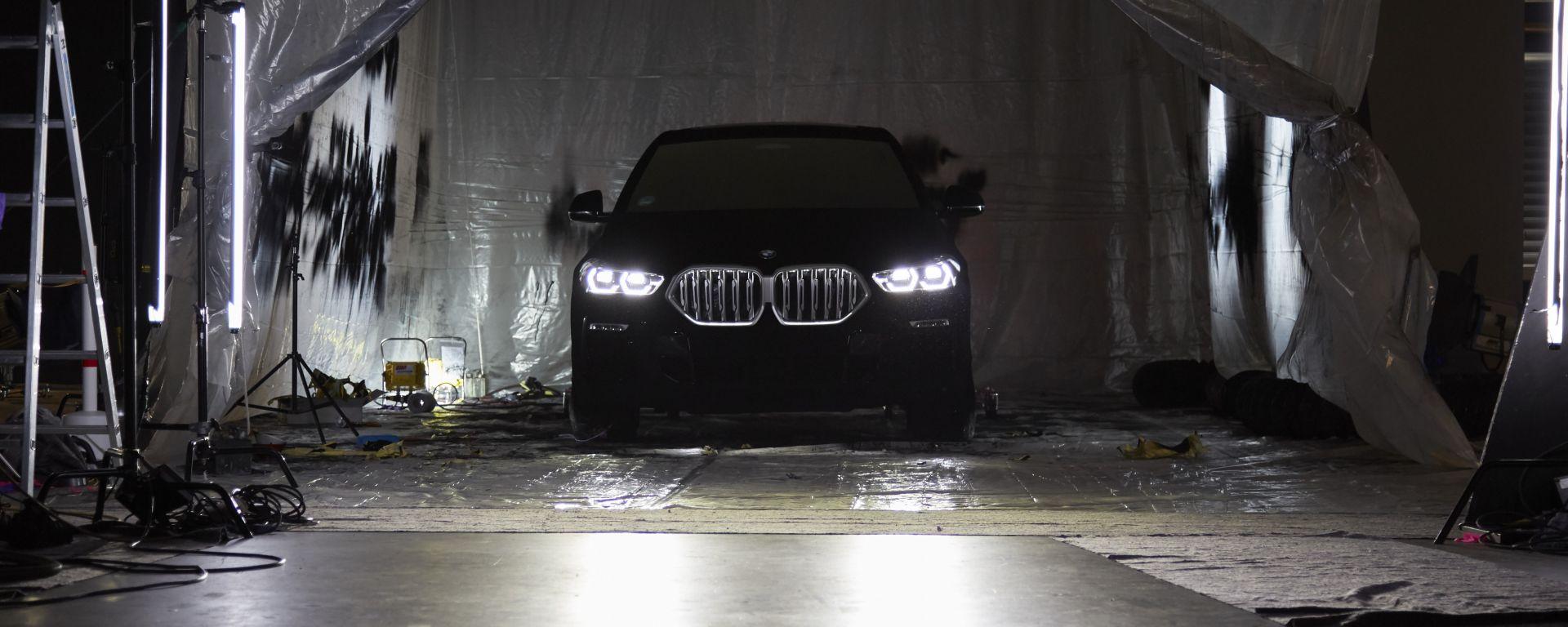 BMW VBX6: la BMW X6 2020 con rivestimento Vantablack