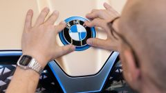 BMW Vision iNext, il crossover elettrico esce allo scoperto - Immagine: 5