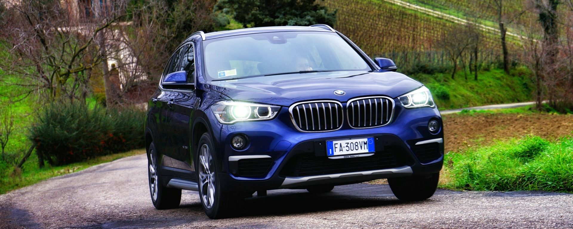 prova su strada bmw x1 xdrive 25d sport motorbox. Black Bedroom Furniture Sets. Home Design Ideas