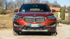 BMW X1 xDrive20d: il frontale
