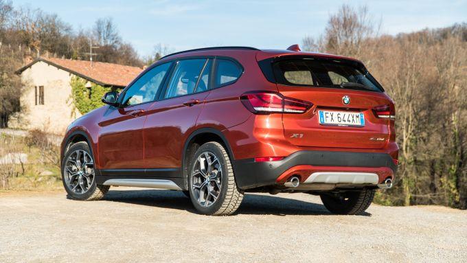 BMW X1 xDrive20d, vista 3/4 posteriore