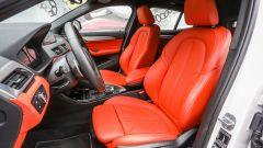 BMW X2: i sedili anteriori
