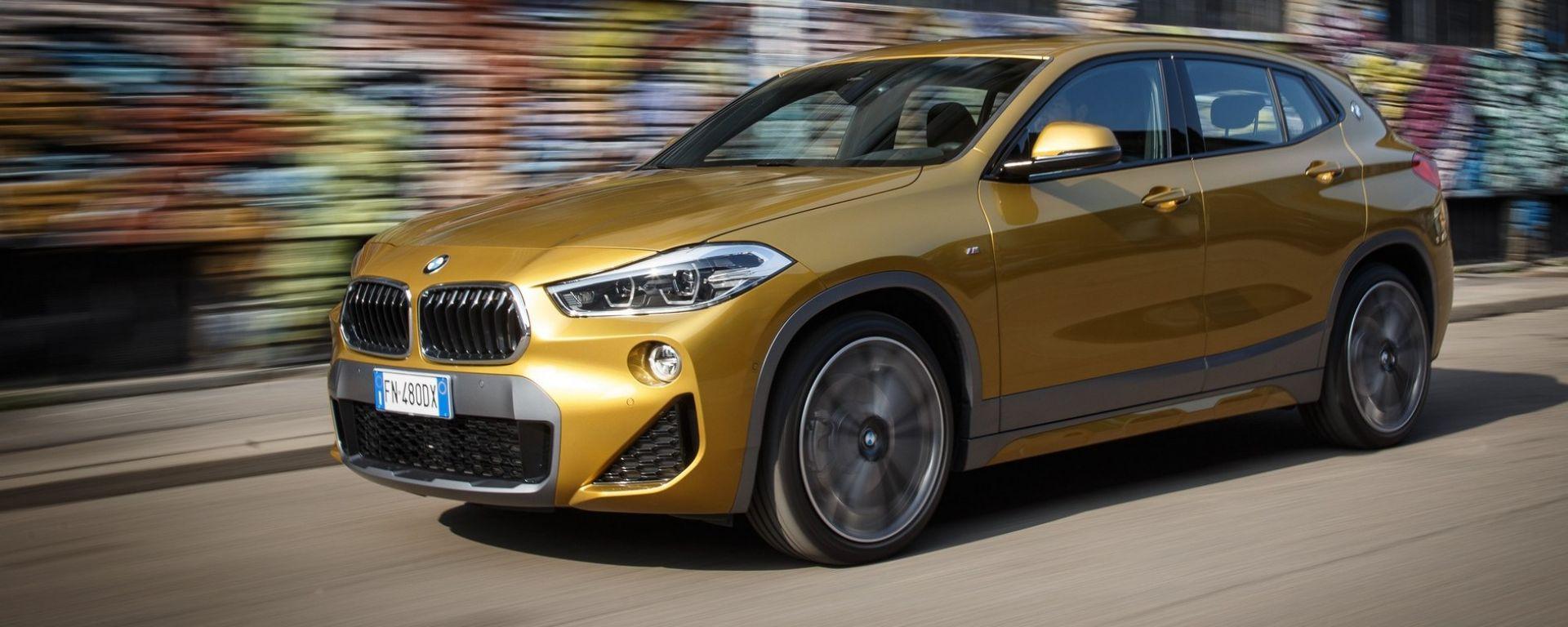 BMW X2: in città si fa notare... e guidare [VIDEO]
