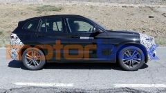 BMW X3 2021 plug-in: visuale laterale