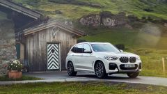 BMW X3 plug-in hybrid, 55 km di autonomia in elettrico