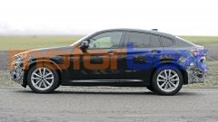 BMW X4 2021: visuale laterale