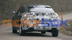 BMW X4 2021: visuale posteriore