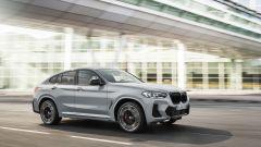 BMW X4 2022 facelift: come cambia il SUV coupé tedesco