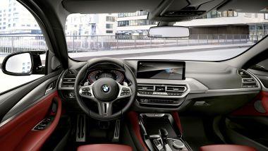 BMW X4 2022 facelift: i nuovi interni