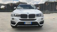 BMW X4: la vista frontale