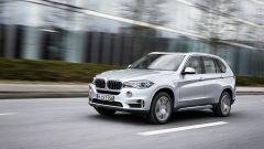 BMW X5 xDrive40e - Immagine: 2