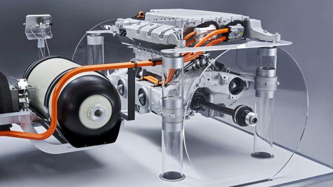 BMW X5 a idrogeno: un dettaglio della power unit