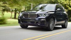 BMW X5 M50d 2019, forza bruta in versione (quadri)turbodiesel