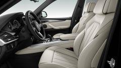 BMW X5 M50th Anniversary Limited Edition: l'interno è ricoperto di pelle Merino