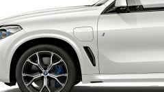 BMW X5 xDrive45e: la ibrida plug-in da 80 km in propulsione elettrica - Immagine: 4
