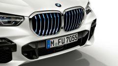 BMW X5 xDrive45e: la ibrida plug-in da 80 km in propulsione elettrica - Immagine: 10