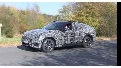 BMW X6, ecco come cambierà: il video spy del nuovo modello - Immagine: 3
