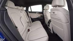 BMW X6 2020, sedili posteriori
