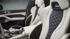 BMW X6 M Competition First Edition: i sedili anteriori