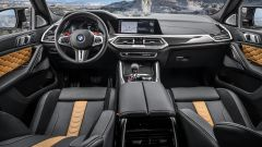 BMW X6 M Competition: l'abitacolo interno