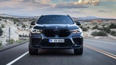 BMW X6 M Competition: vista anteriore