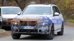 Nuova BMW X7 2022: il lifting di mezza età le cambia i connotati - Immagine: 4