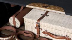 BMW X7 by Poldo Dog Couture: personalizzato anche il tendalino