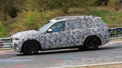 BMW X7: dimensioni da grande SUV