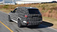 BMW X7: le prime immagini ufficiali - Immagine: 2
