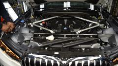 BMW X7: le prime immagini ufficiali - Immagine: 6