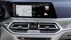 BMW X7, il display di navigazione
