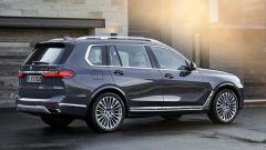 BMW X7, la fiancata