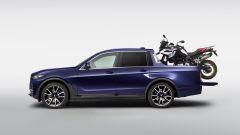 BMW X7 Pick-up: il cassone può ospitare una BMW F 850 GS - Immagine: 6