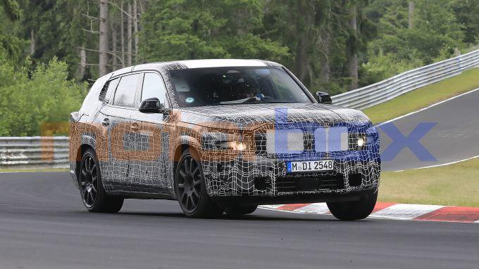 BMW X8: 5 metri e 20 di lunghezza?
