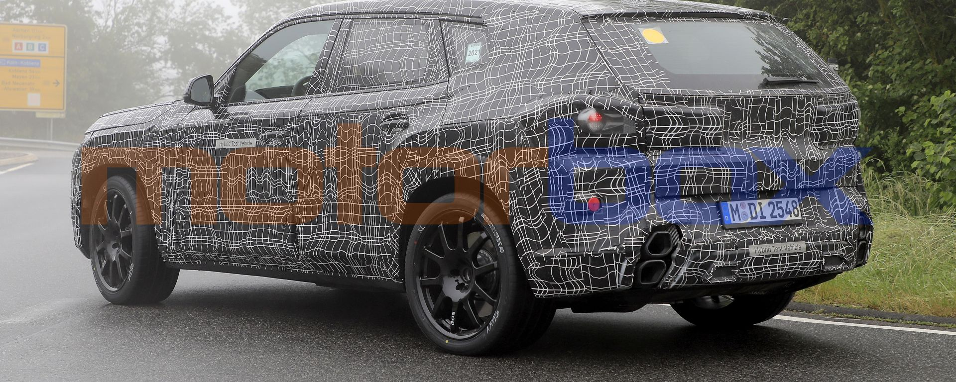 BMW X8, nuove foto spia dal 'Ring