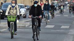 Bonus mobilità per bici e monopattini: come ottenerlo