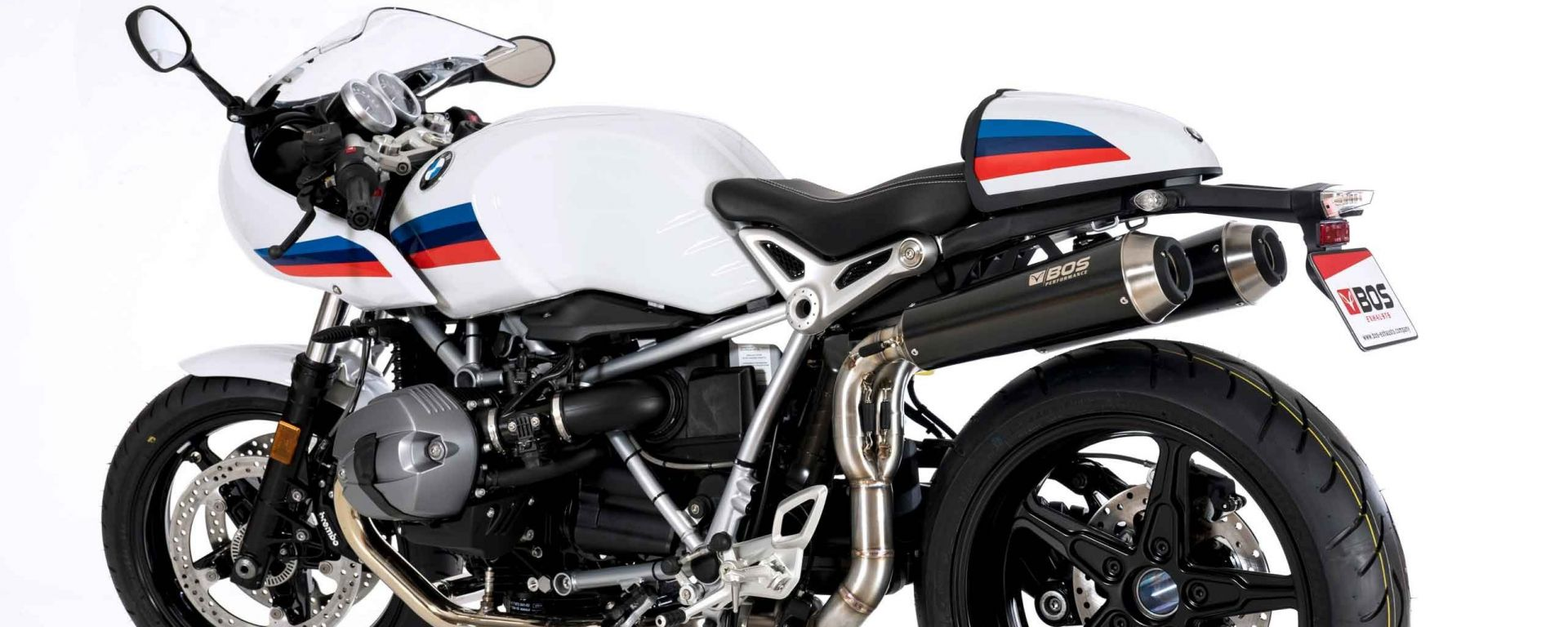BOS SSEC: doppio silenziatore per BMW R Nine T Racer